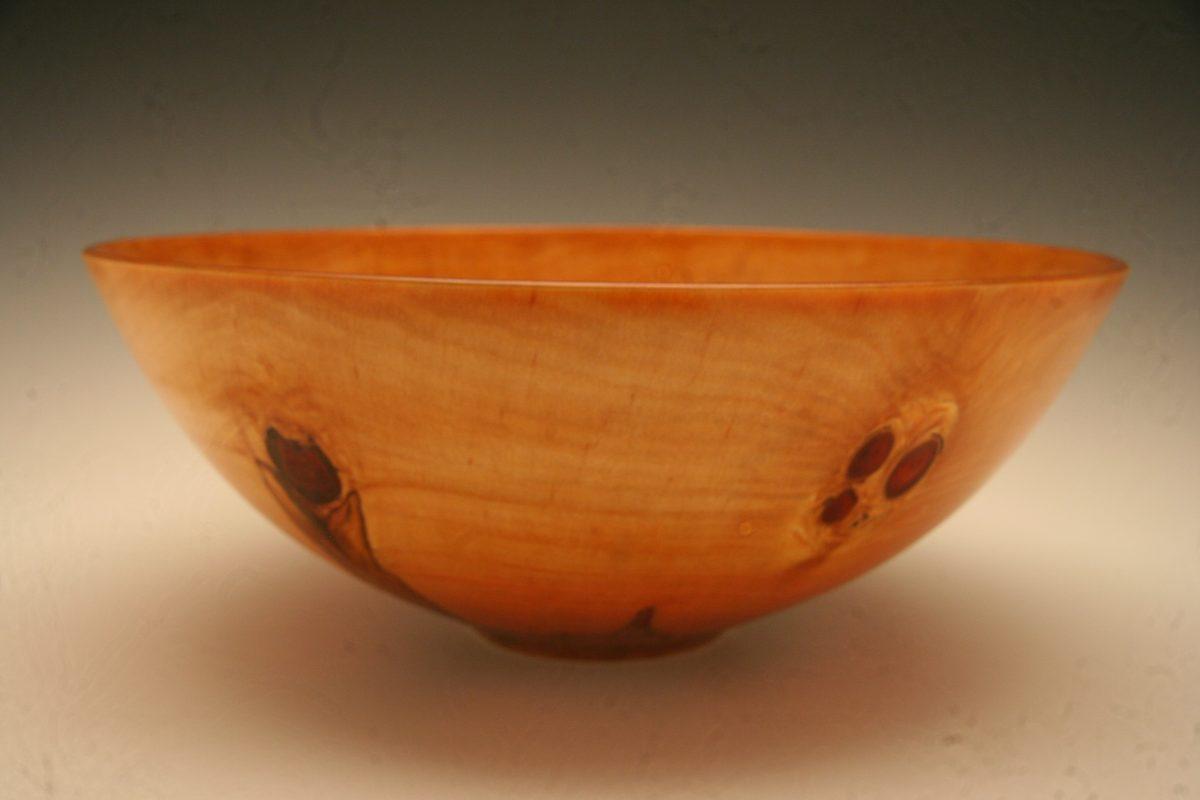 Large Norfolk pine bowl.